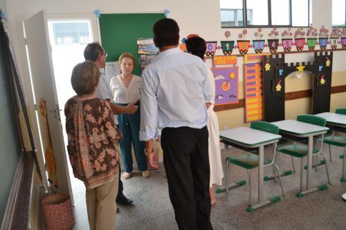 Escola Municipal JBB é oficialmente entregue à comunidade da Vila Brasil