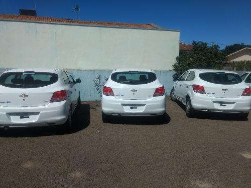 03 veículos novos para saúde municipal.