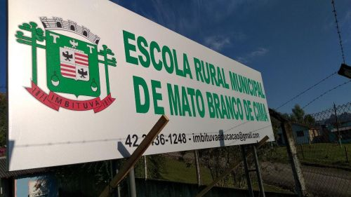 ESCOLA RURAL MUNICIPAL DE MATO BRANCO DE CIMA