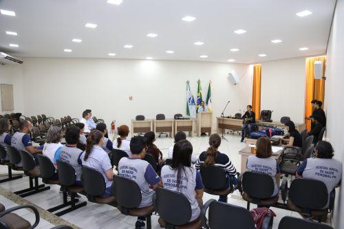 ENTREGA DE TABLETS E BOLSAS PARA AGENTES COMUNITÁRIOS DE SAÚDE
