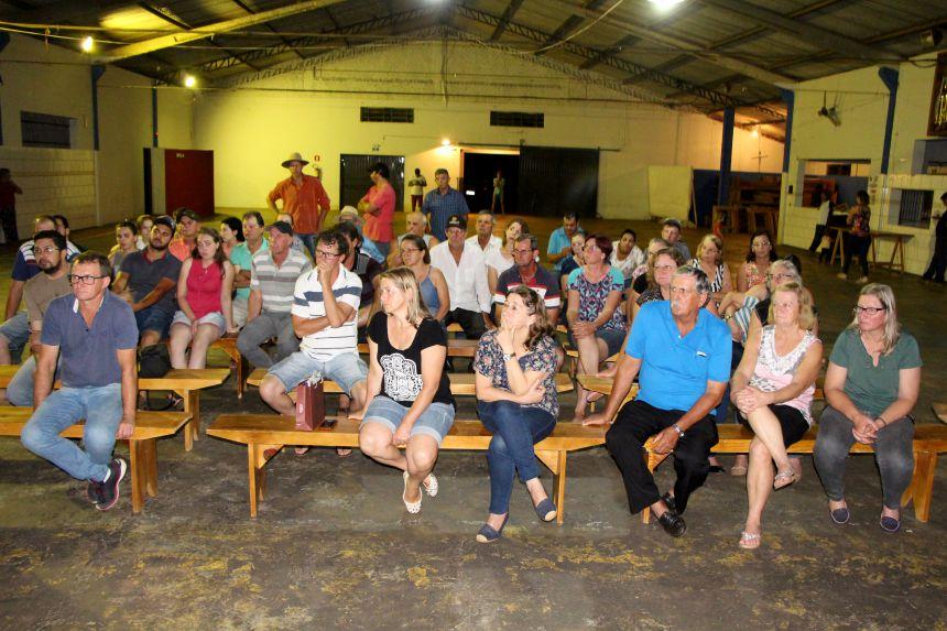 Moradores do Sabugueiro participam da reunião e esclarecem dúvidas