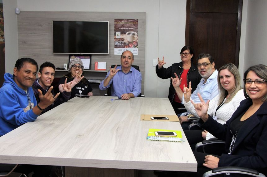 Prefeito Miguel Amaral se reúne com direção da Apasur