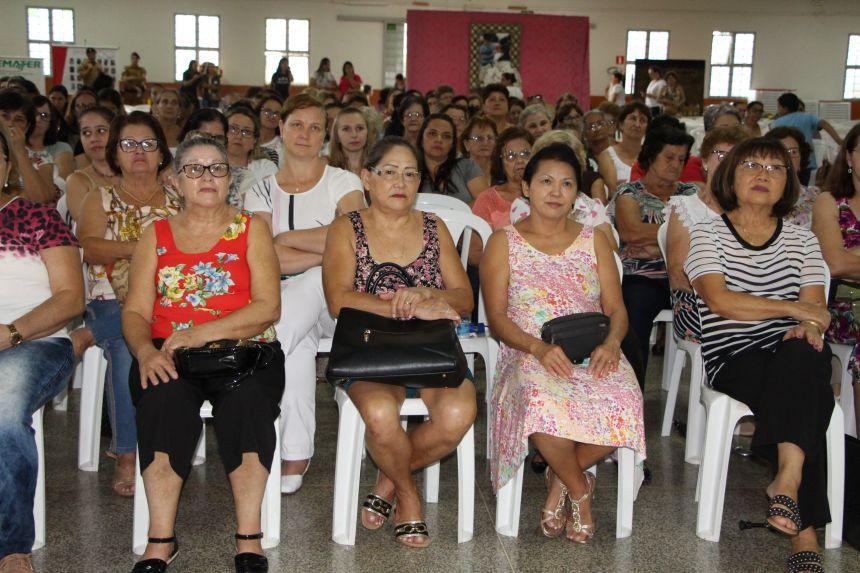 No 3º Encontro de Mulheres de Ivaiporã público é incentivado a enfrentar desafios