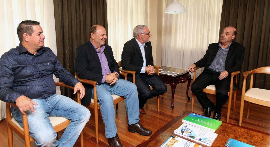 Miguel Amaral também se reúne com presidente da Fiep, Edson Campagnolo