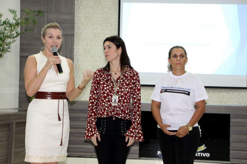 Gertrudes Bernardy, Ana Paula e Rose Sirço consideram importante a discussão do tema