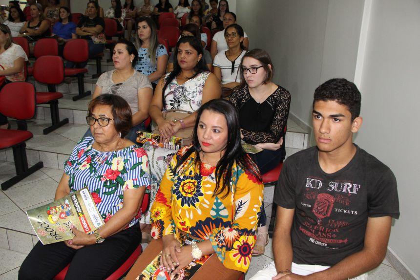 Programa Valorizando a Vida oferece capacitação a professores municipais e estaduais de Ivaiporã