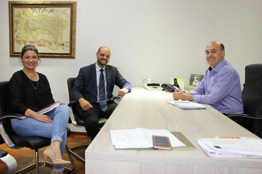 Presidente da Subseção da OAB de Ivaiporã visita prefeito