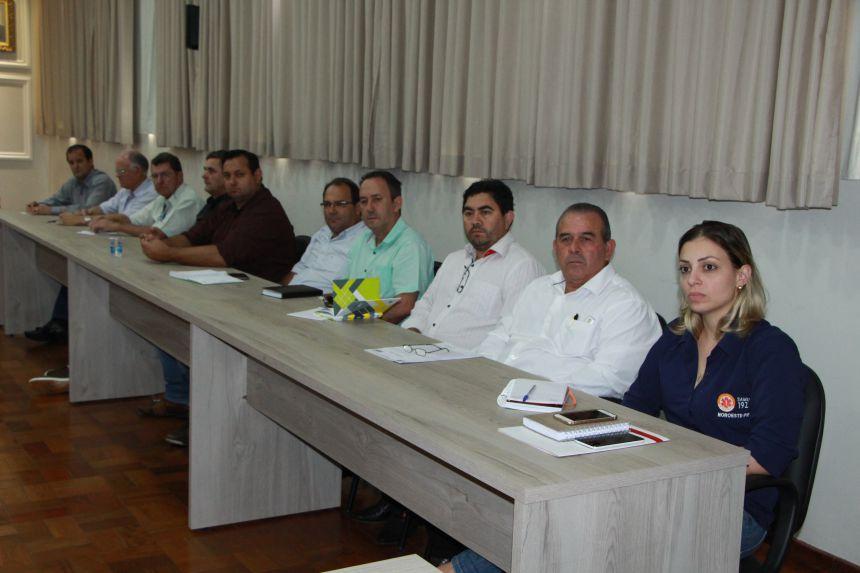 Equipes da 22ª Regional de Saúde e do Ciuenp