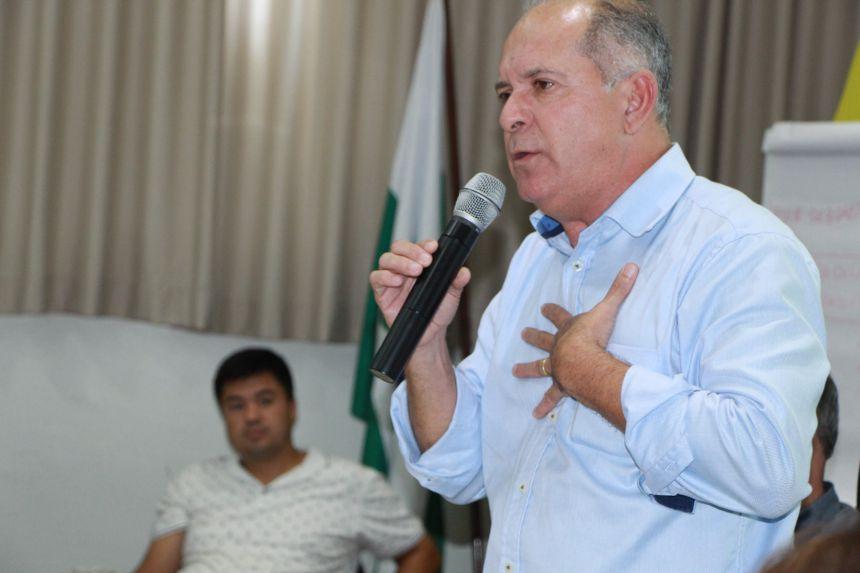 Presidente do Cons�rcio Intermunicipal de Urg�ncia e Emerg�ncia do Noroeste do Paran� (Ciuenp) - Samu 192, Almir de Almeida