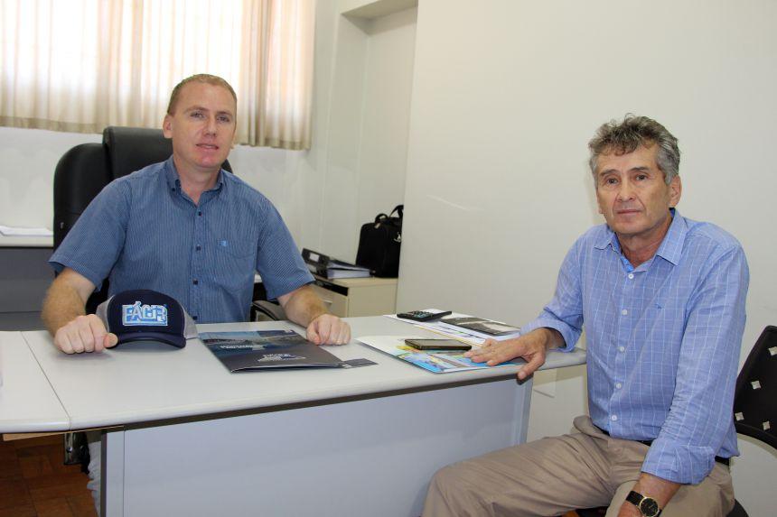 Marcus Wielewski e Rozilson Binde trocam experiência no setor de Indústria e Comércio