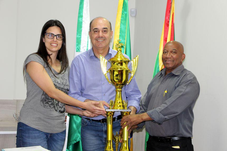 Banda Marcial Municipal de Ivaiporã conquista troféu no Festival Fanfarras e Bandas de Mirador