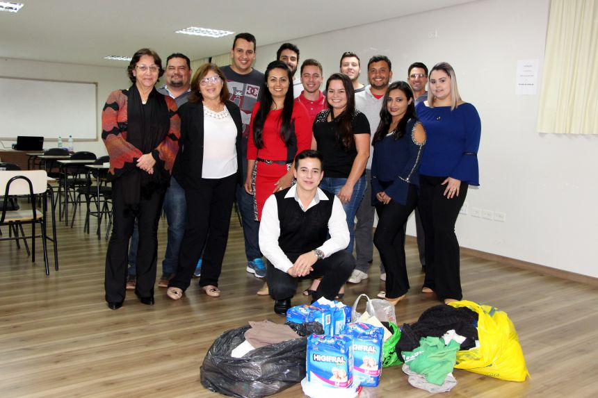 Roupas, fraldas e alimentos serão doados ao Lar Santo Antônio de Ivaiporã