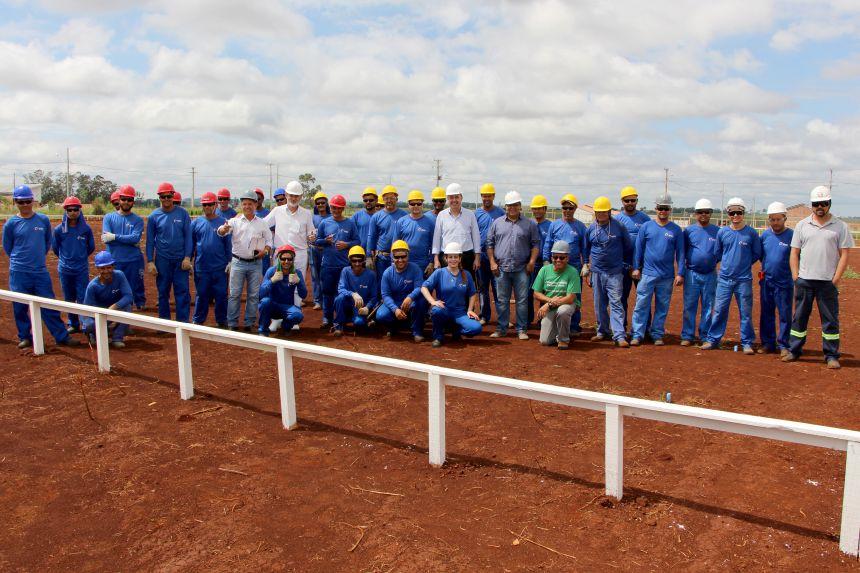 Executivo e Legislativo visitam obra do Hospital Regional de Ivaiporã