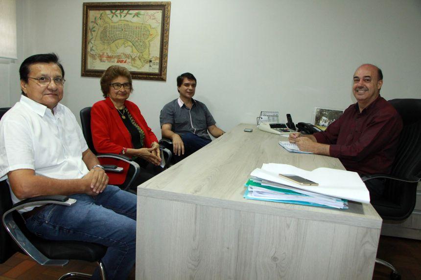 Diretora da Univale visita Prefeitura de Ivaiporã