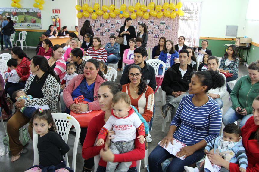 Gestantes e mães participam do evento no Centro da Melhor Idade