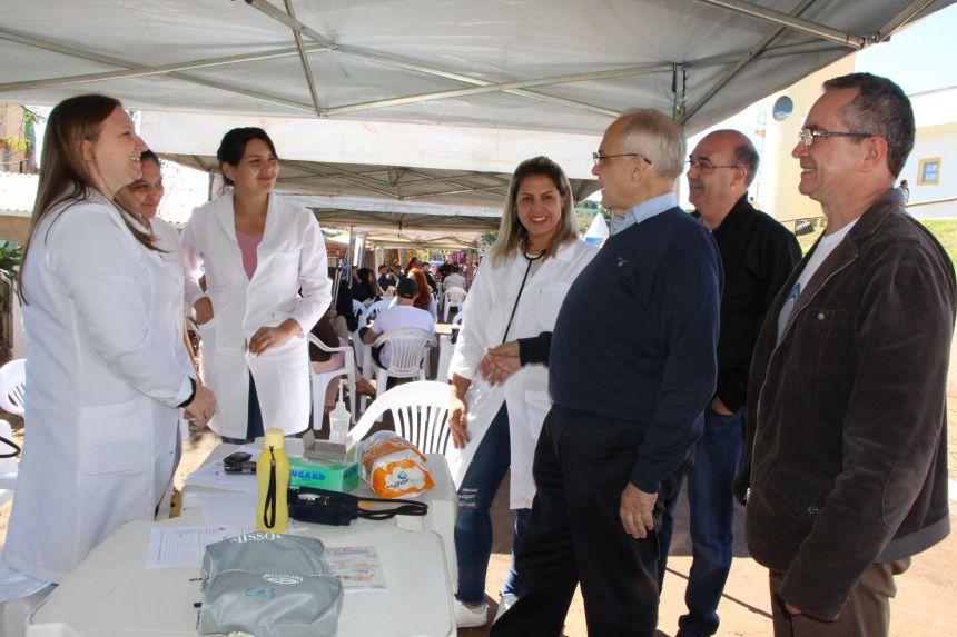 Secretário de Estado da Saúde, Antônio Nardi, parabeniza equipe da saúde