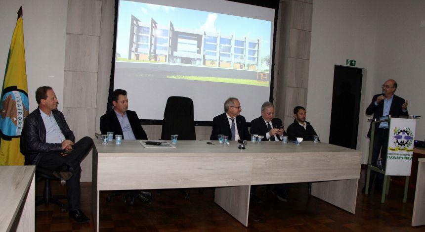 Prefeito Miguel Amaral agradece ao deputado federal Sérgio Souza e aos demais envolvidos em prol do Campus da UEM