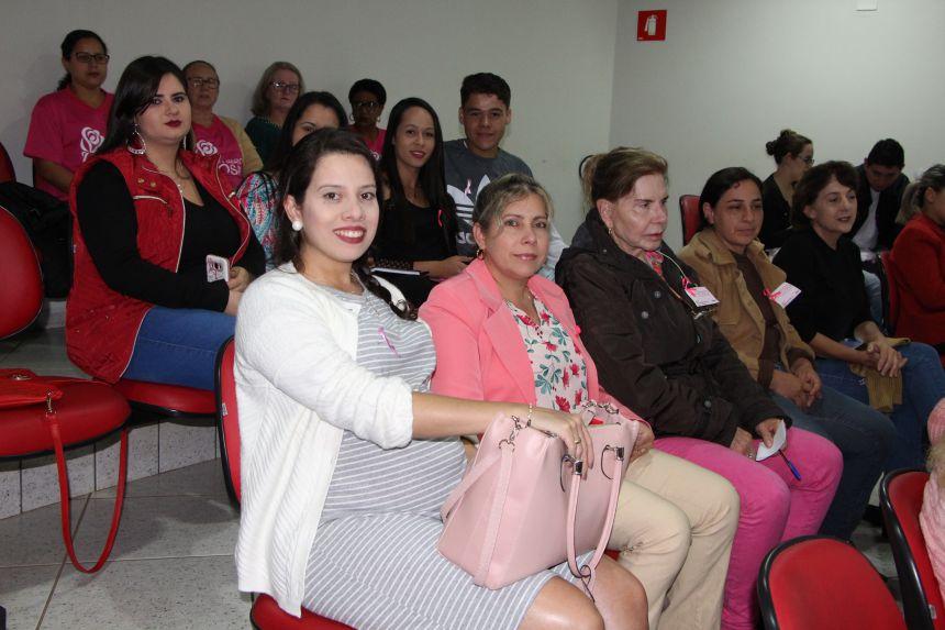 Prefeitura de Ivaiporã encerra ações da campanha Outubro Rosa