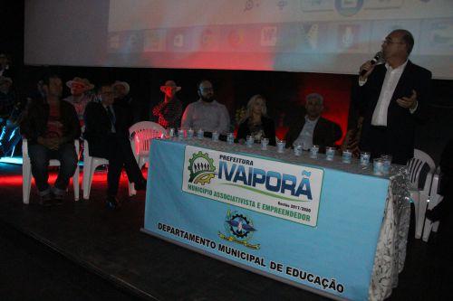 Prefeito Miguel Amaral defende ensino de qualidade na abertura do II Seminário Intermunicipal de Educação