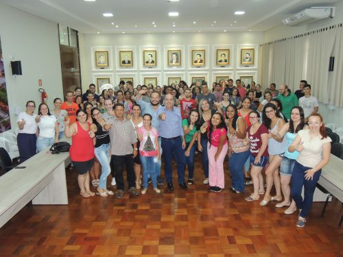 No final, Miguel Amaral e Anselmo Mendes registram encontro com estagiários