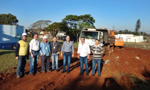 Prefeito Miguel Amaral acompanha início da obra de ampliação do sistema de abastecimento de água