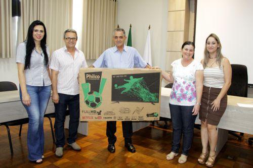 Prefeitura de Ivaiporã entrega prêmios aos contribuintes referentes ao pagamento do IPTU 2018