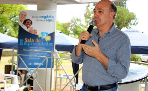 Prefeito Miguel Amaral fala sobre os desafios de empreender