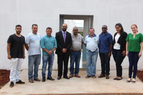 Apac de Ivaiporã é visitada por prefeito interino, delegado e escrivão da Polícia Civil