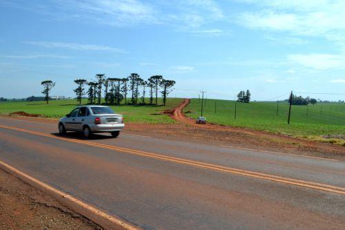 Prefeitura de Ivaiporã conquista recursos para asfaltar estrada do Ouro Verde