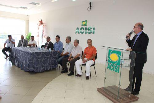 Prefeito Miguel Amaral defende importância dos serviços da Receita Federal