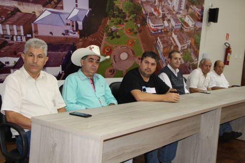 Prefeito interino de Ivaiporã e forças de segurança debatem organização do trânsito