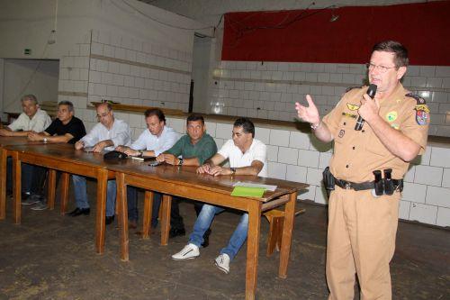 Major Sagati sugere algumas medidas de segurança