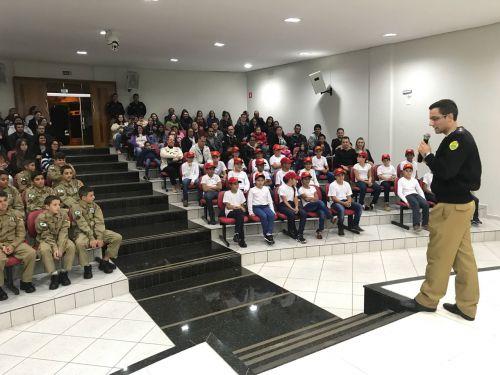 Prefeitura de Ivaiporã inicia 3ª turma do Bombeiro Mirim Integrado