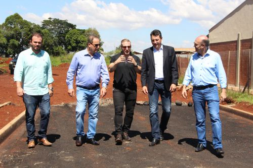 Recentemente, Sérgio Souza liberou recursos para construção e pavimentação asfáltica no perímetro do Campus da UEM de Ivaiporã e investimentos no Campus de Maringá