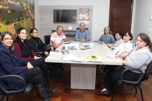 Prefeito Miguel Amaral reúne-se com direção da Aceni para discutir programão
