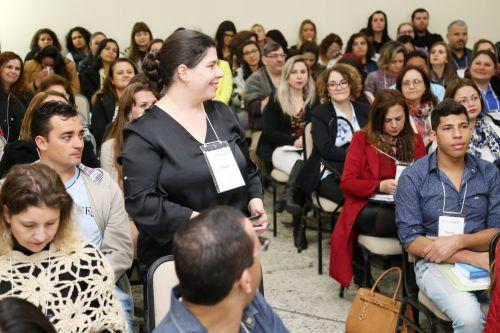 Flávia Graef Kuss, coordenadora do Centro da Juventude de Ivaiporã