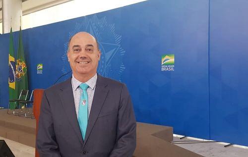 O prefeito de Ivaiporã, Miguel Amaral, encontra-se em Brasília, onde assinará um convênio de cerca de R$4 milhões