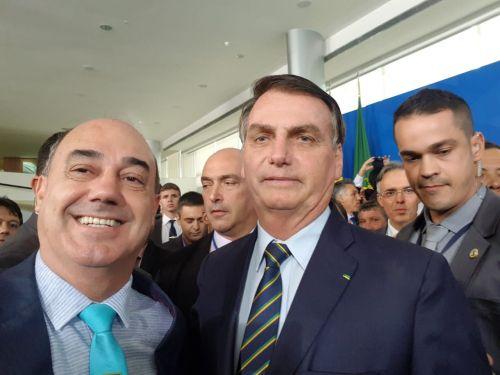 Prefeito de Ivaiporã, Miguel Amaral, e o presidente da República, Jair Bolsonaro