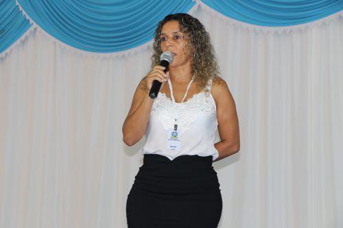 Rose Sirço dá as boas-vindas