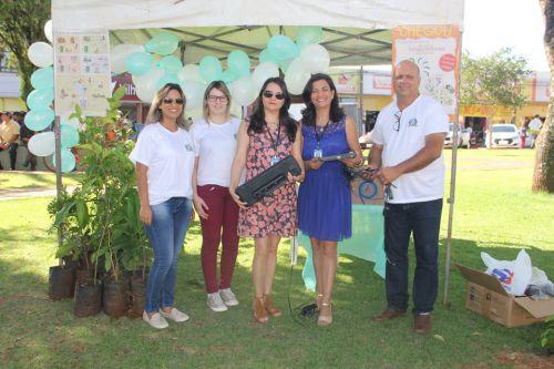 População colabora com iniciativa ambiental