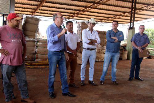 Prefeitura de Ivaiporã entrega equipamentos adquiridos para Centro de Reciclagem
