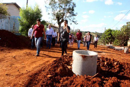 Visita ao Jardim Guanabara II, onde são realizadas obras de galerias de água pluvial
