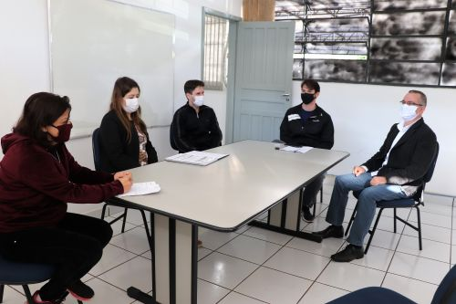 Equipe reforça importância de cuidados pessoais para evitar contaminação por Covid-19