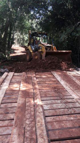 Prefeitura de Ivaiporã reconstrói 6 pontes e realiza mais de 160 km de cascalhamento e correção nas estradas rurais