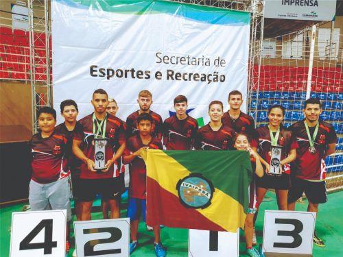 Equipe de Ivaiporã participa do 3º Circuito de Tênis de Mesa dos Campos Gerais com apoio da Prefeitura