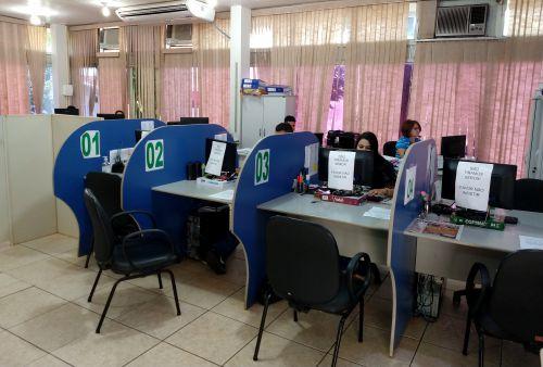 O Setor de Tributos da Prefeitura de Ivaiporã, que é vinculado ao Departamento de Planejamento e Finanças, funciona em horário normal com atendimento ao público