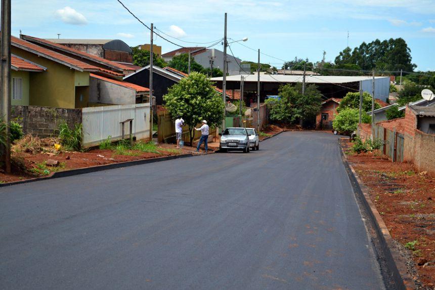 Sonho realizado: obras de pavimentação no Santa Rita I entram na reta final