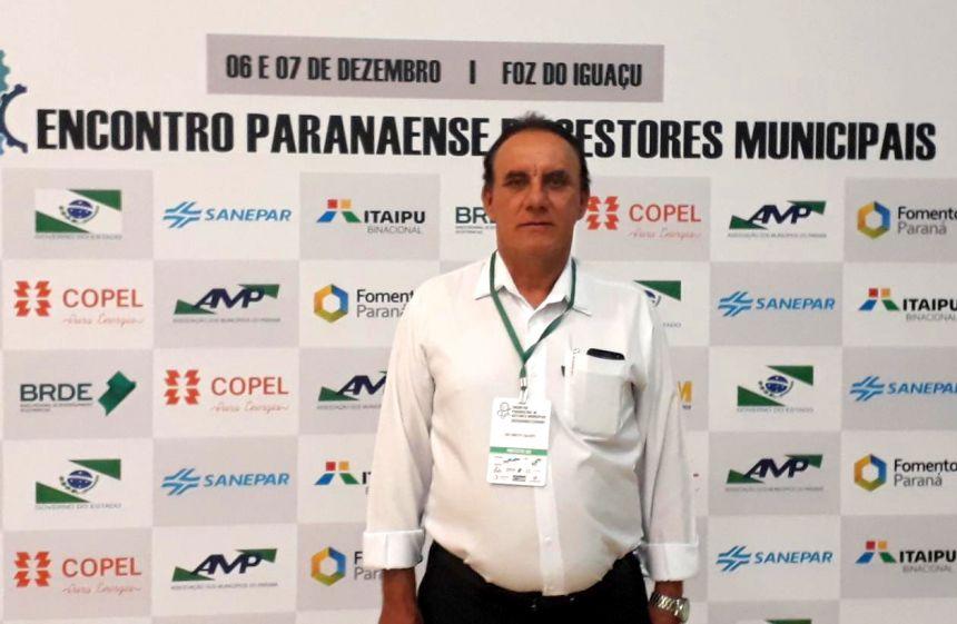 Com Cida e Ratinho Jr, José Isalberti participa de evento para prefeitos
