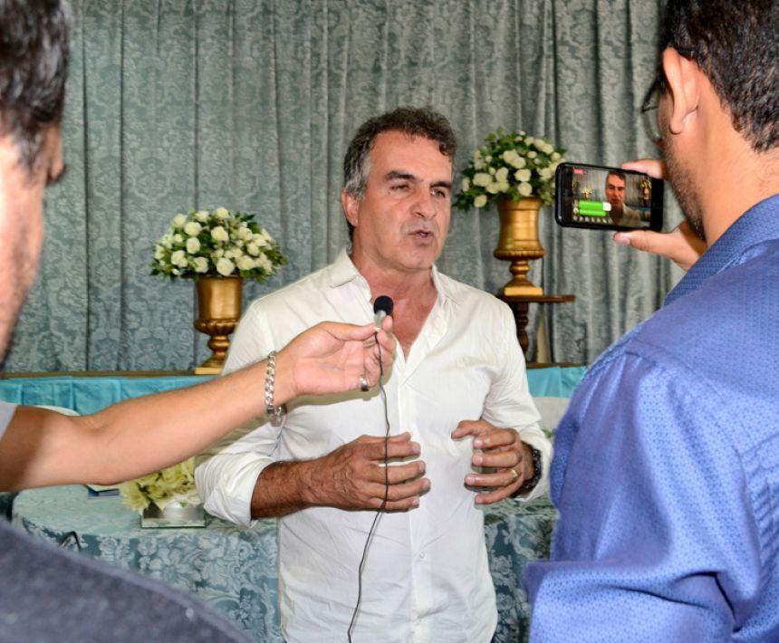 Vice Zé da Horta representa São Pedro do Ivaí em posse de nova diretoria da Amuvi