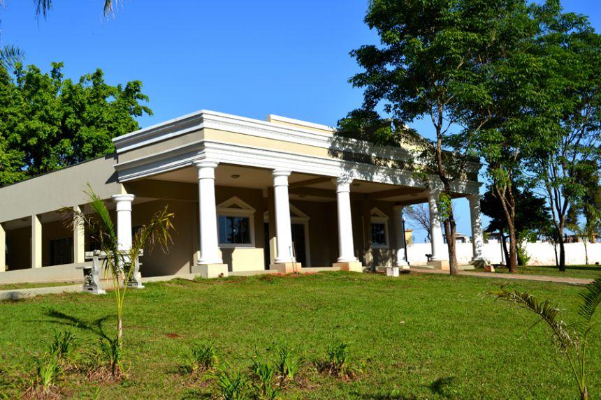 Prefeitura acelera limpeza no Cemitério e na Capela Mortuária Central
